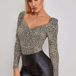 Sweetheart Neck Leopard Top